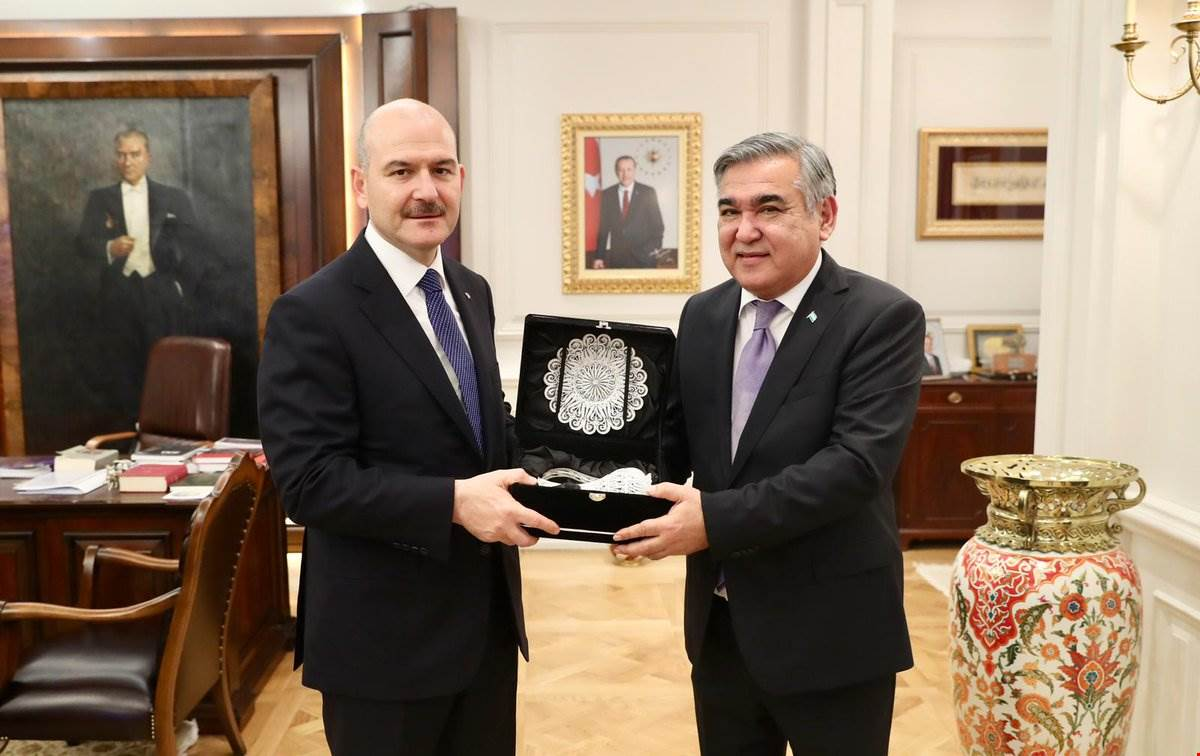 Minister Soylu received Mr. Alisher Agzamhodjaev, the Ambassador of the Republic of Uzbekistan in Ankara