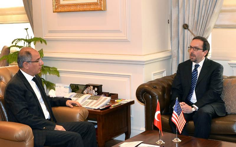 Minister Of Interior ALA Received The Us Ambassador